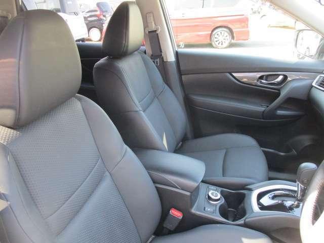運転のしやすさは見下ろしがとてもいいのでまるでコンパクトカークラスに乗っている感覚です。運転が苦手な方も安心して運転できます。