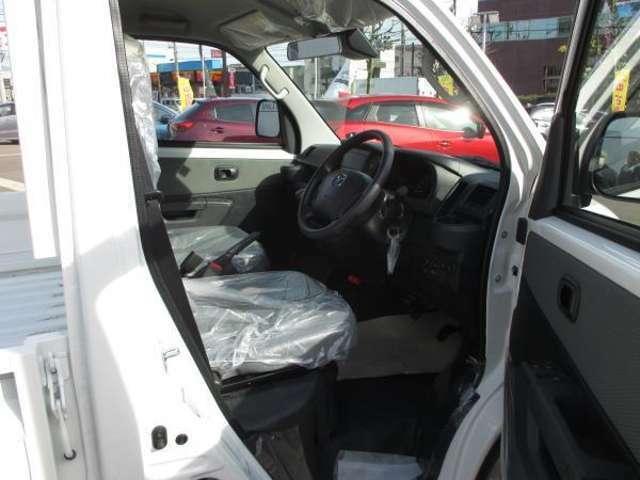 ☆マツダの商用車ボンゴトラックDX4WDの未使用車です。