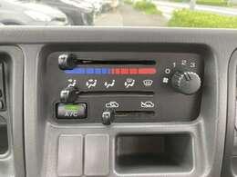 希少の5MTサンバートラックが入庫しました!エアコン、パワステ付きで大変おすすめの一台です!車両の状態も非常に良いので、一見の価値有りです!日本全国どこでも対応可能です。