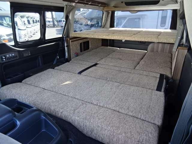 ベッド寸法 下段 240×150センチ☆ 広々しております♪