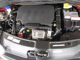 綺麗なエンジン!オイルの滲みもありません!タイミングチェーンでzyとお乗り頂けます!