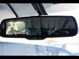 「アラウンドビューモニター・バックモニター」を装備で駐車が苦手な方でも安心です。