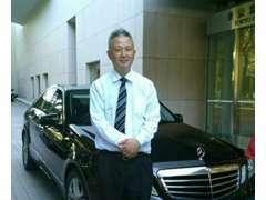 店長の秋葉です。お客様にご満足いただける車両を販売いたしております。お客様にあった素敵なお車選びをご提案します。