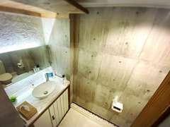 ◆広々とした御手洗いになっておりますので、お子様連れのお客様もご安心してご来店下さい♪◆