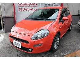 とても珍しいソリッドオレンジのボディカラー!500やパンダにも限定カラーとして設定された人気色です!