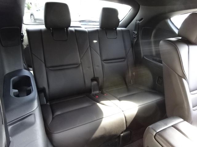 車内で楽しく会話できる静粛性の高さを実現♪単に車内を静かにするのではなく、不快に感じる耳障りな高周波音と低周波音のこもり音を低減しました!会話を楽しみながら快適なドライブをお楽しみいただけます!