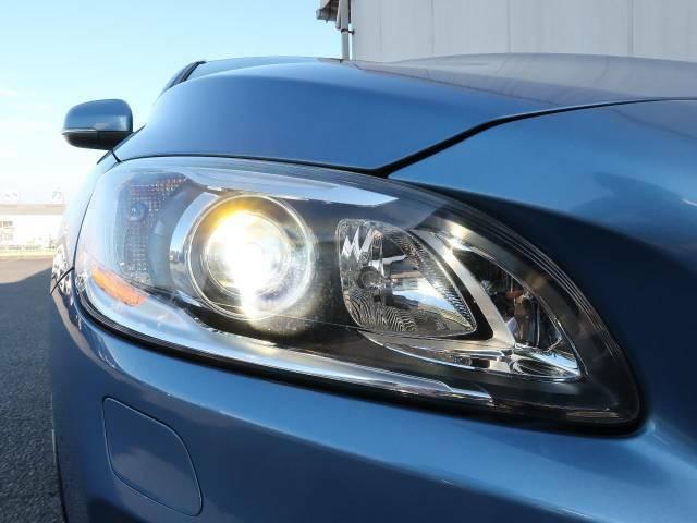 ヘッドライトやテールランプ&アルミホイール等の各種コーティングもオススメしております。レンズ部分の黄ばみや汚れを抑え、きれいな状態を長期間維持できます。