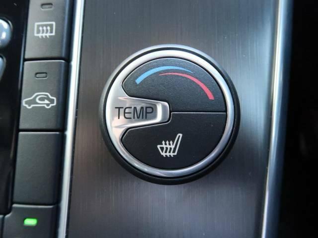 【シートヒーター】寒い日に重宝するシートヒーター!エアコンより早く温まってくれるので寒がりの人も安心ですね。エアコンの温風は乾燥するから苦手、という方にもをおすすめです。