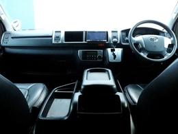 平成26年式 ワイドSGL ディーゼルターボ2WD 両側自動パワースライドドア、LEDヘッドライト等の新車時メーカーオプションも充実! ユーアイビークルのベッドキット他人気アイテムを多数装着!