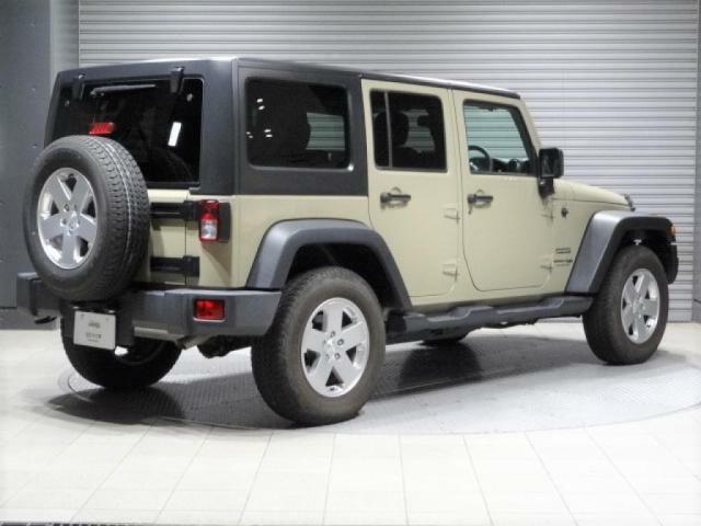 Jeepではとにかく人気のボディカラー:ゴビ。