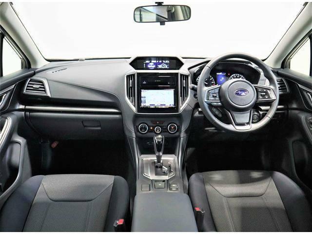 視認性の良い運転席は、スバルがクルマ造りを行う上で特徴となる部分の一つです。見易さが安全に繋がる事を熟知しているからこその設計なのです。