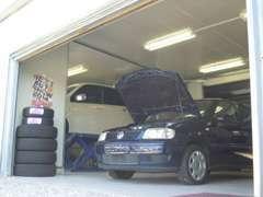 整備工場完備のため、車検、鈑金、修理、アフターメンテナンスも安心です☆