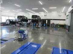 きれいになった工場で整備も安心してお任せ下さい。