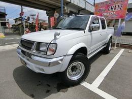 日産 ダットサン 3.2 AXリミテッド ダブルキャブ ディーゼル 4WD ディーゼル4WD AWオバフェン