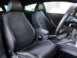 運転席シートは使用感も少なく綺麗な状態です