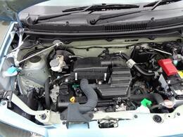 高効率のリチウムイオンバッテリーを採用して、減速時のエネルギーで発電・充電するエネチャージシステム搭載。