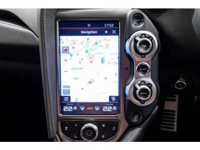 Bluetoothでの通話や音楽はもちろん、ドリフトの角度を調整してマシンがアシストしてくれる機能もございます。