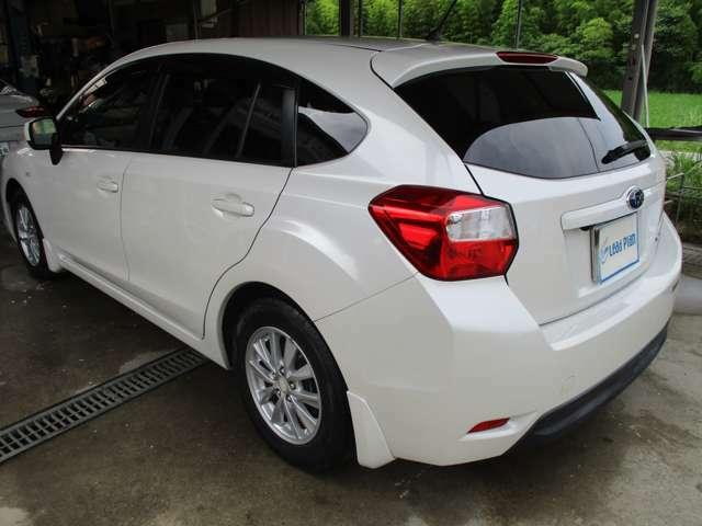多少の傷などはありますが、大きな凹みなどは無く全体的にキレイな車です。この状態でこの価格なら、かなりお買い得です!是非一度見に来て下さい!