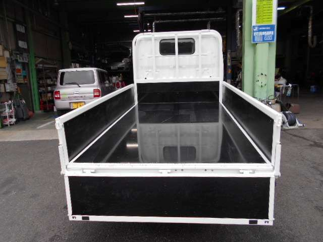 荷台内寸法 長さx幅 283x160cm 底は新品の鉄板です