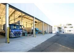 車検整備、点検、鈑金、塗装、架装承ります。