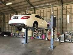 陸運支局認証工場を併設!車両整備・点検もお任せ下さい。