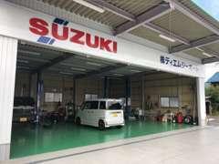 自社整備工場を設けており、国家整備士による徹底した点検整備納車を致します!