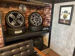 隠れ家的なガレージ!