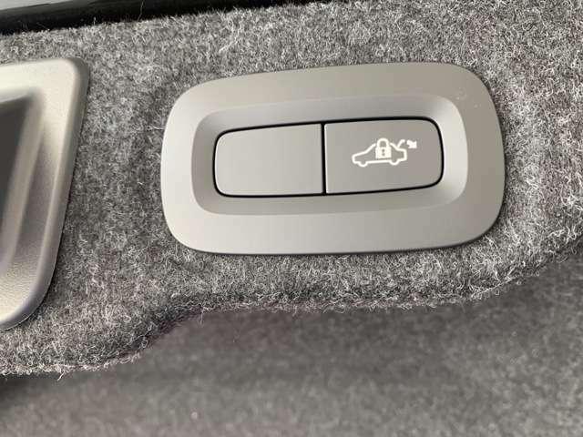 ★☆快適な乗り心地と確かなハンドリングを両立するアルミホイール インテリセーフが標準装備によりフルオートブレーキをしっかりとサポート☆★