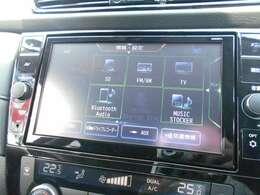 DVD、フルセグTV、Bluetoothオーディオなど、欠かせない機能も豊富についています!