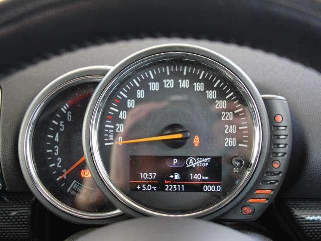 ☆☆走行距離2万キロ台☆☆輸入車にとっての走行距離は故障リスクに直結するポイントなので、このように走行距離が少ない事は輸入車を購入される場合、かなり大事な点だと思います☆☆