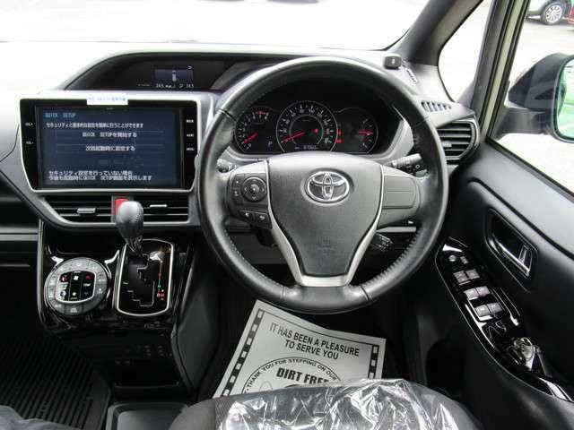 スマートキー オートエアコン クルーズコントロール 革巻ステアリング採用 車両取扱説明書あり