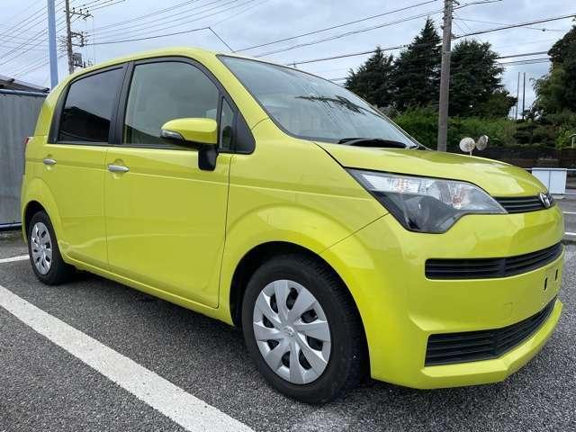 支払総額は、車体価格、法定費用、整備点検費用(消耗品)、リサイクル、ナンバー代、全部含まれた価格です!