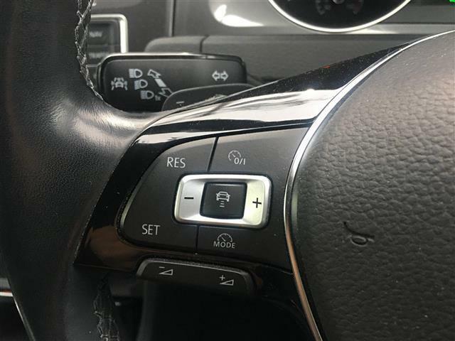 クルーズコントロールが装備されているので高速運転も楽々に可能です!