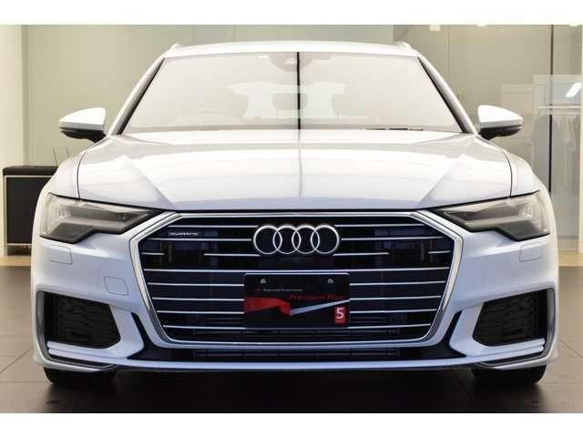Audi認定中古車ならではのクオリティ、高度な訓練・教育を受けた専門のメカニックがご納車前に100項目にも及ぶ精密な点検を行います!