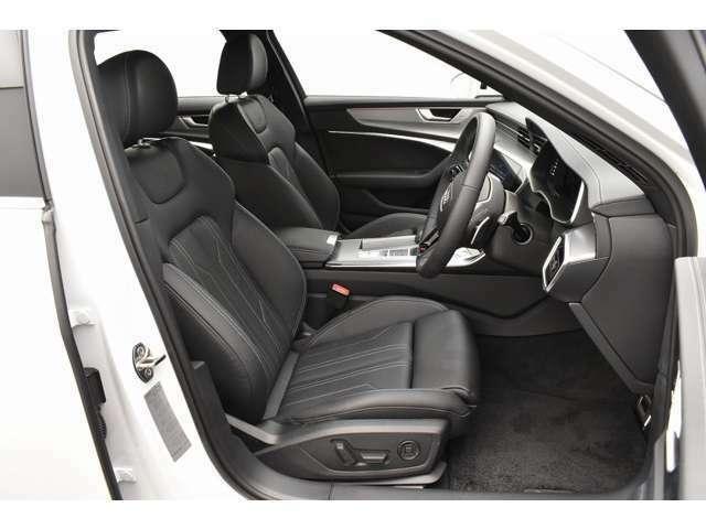 適度な硬さのシートとなり、長時間の運転も疲れを感じません!
