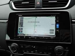 ナビゲーションはホンダ純正メモリーナビ。通信機能で渋滞回避案内や天気情報の表示などを行います。