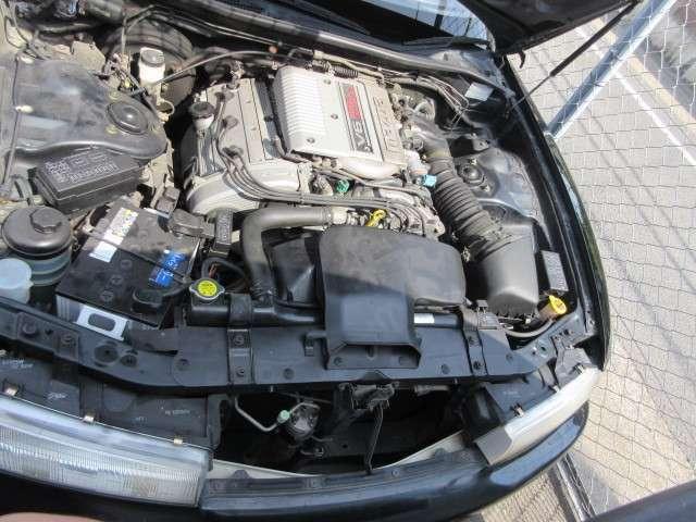 V6 2500cc エンジンです!