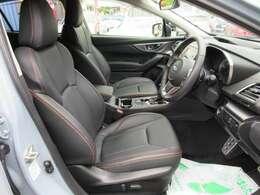 専用インテリア&専用ブラック本革シート付♪ 高級感のあるシートになります♪ 質感の良いシートで長距離ドライブも安心です♪