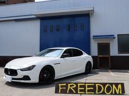 マセラティ ギブリ S Q4 4WD ブラックアウトカスタム 21AW 赤革 SR