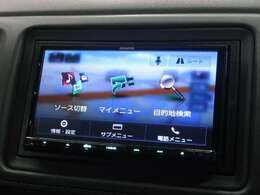 ●SDナビゲーション装備でございます♪使いやすいと評判の大人気ナビゲーション☆走行中のTV視聴やナビゲーションの操作も、是非お気軽にご相談くださいませ♪