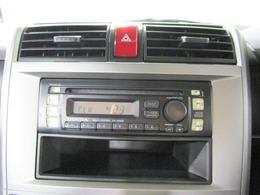 ★純正CDステレオ付きです♪また各種ナビゲーションTVへの取り換えも可能ですのでお気軽にご相談ください。POINT5鈴鹿店は県下最大級のディーラー系列グループの一員で1000台以上の中からクルマ選び可
