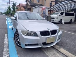 BMW 3シリーズ 323i Mスポーツパッケージ Pスタート 18インチアルミ 電動シート