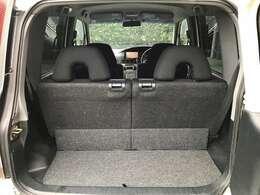 リアのラゲッジスペースは、軽自動車の割には高さもあるので重宝すると思います。