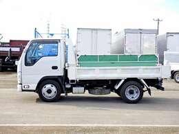 車両総重量4915kg 最大積載量2000kg