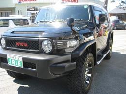 トヨタ FJクルーザー 4.0 ブラックカラーパッケージ 4WD 4WD リフトアップ ETC  ワンオーナー