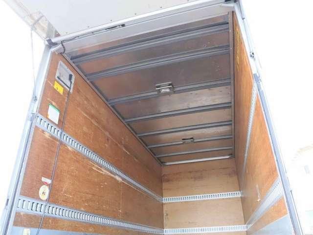 ニッサン/アトラス/全低床/3トン/パワーゲート付/アルミバン/標準ロング/AT/ドライバン