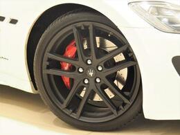 GranTurismo Sportはフェラーリ製の大排気量、自然吸気エンジンでしか生み出せないサウンド、そのすべてを感じて頂けます。