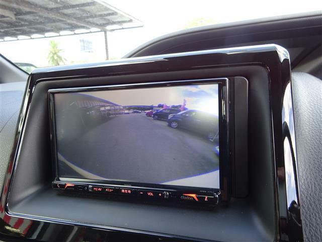 バックカメラがついてます。後方視界が良いと安全が増してきます。