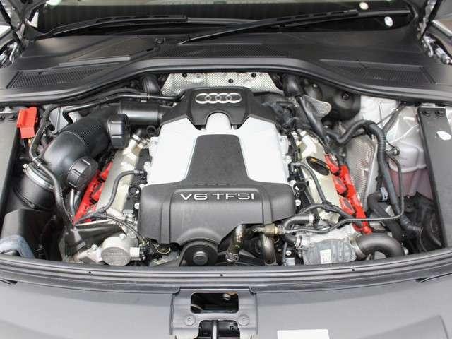 綺麗なエンジンルームです。実走行☆3000ccSチャージャー☆エンジンは高回転までしっかり吹け上がります☆非常に良好です。■走行管理システムもチェック済みとなっております!290PSハイパワーエンジン