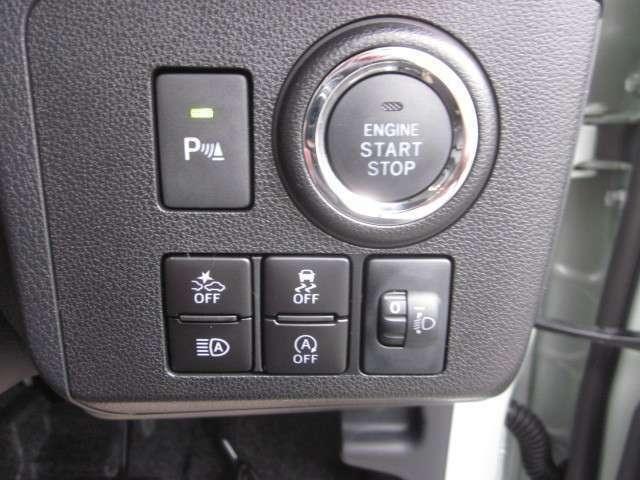 キーフリーシステム エンジンプッシュスタート 格納式ドアミラー連動です。